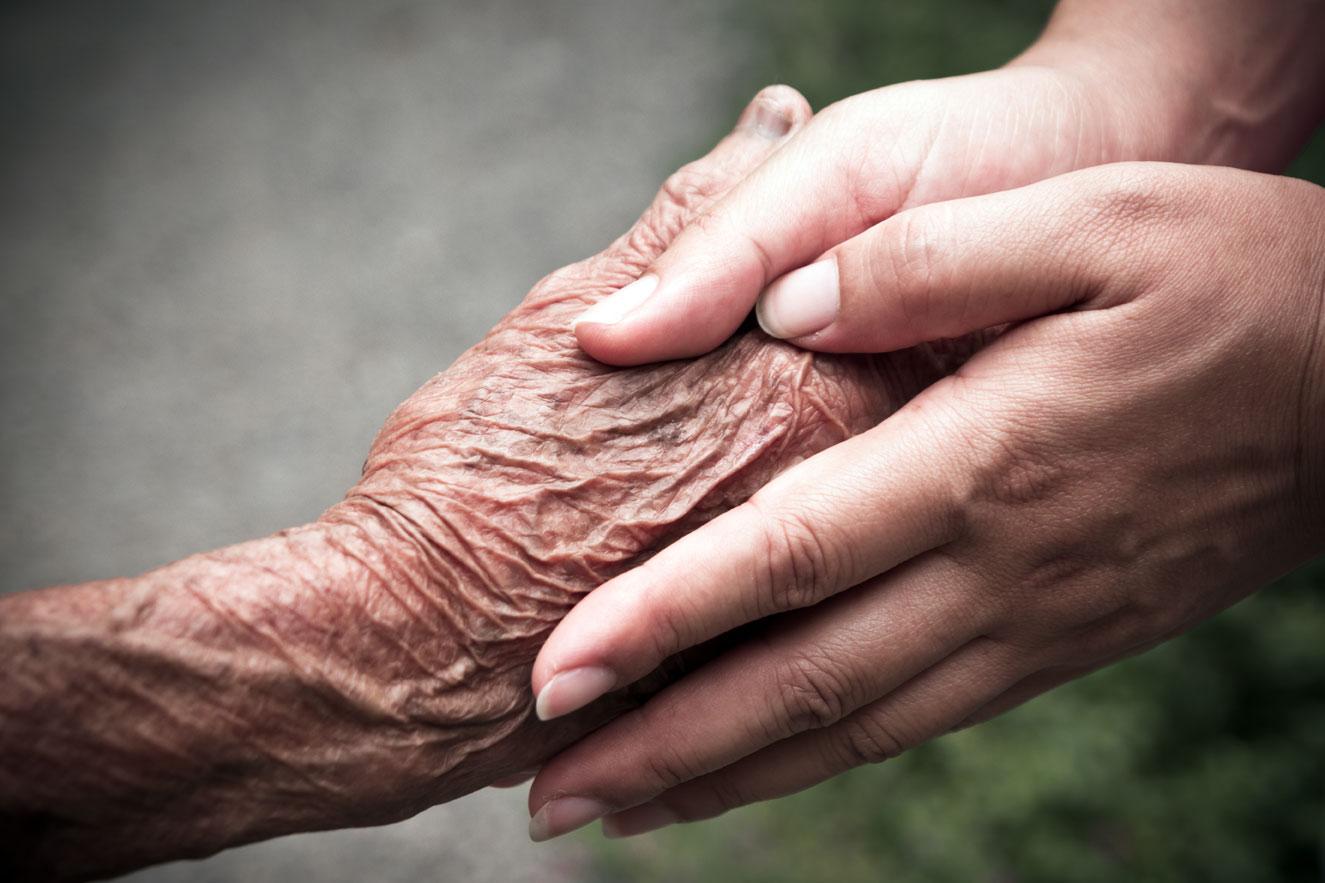 mani-nonno